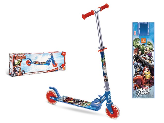 18009 - AVENGERS SCOOTER