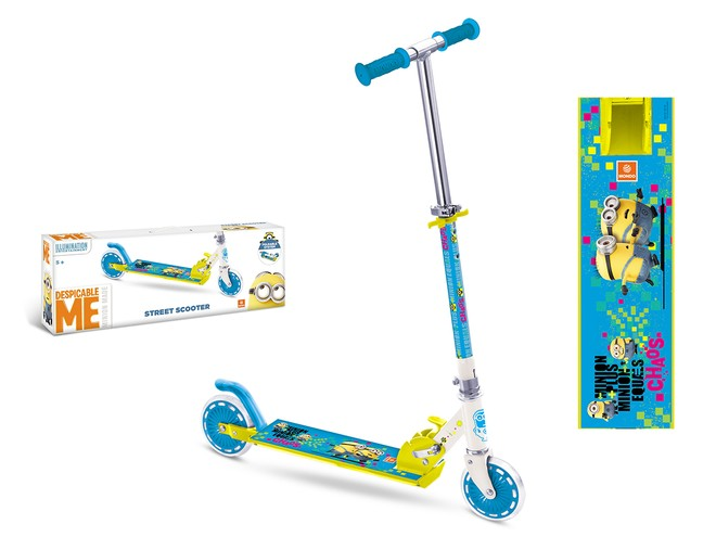 28132 - MINION MADE SCOOTER